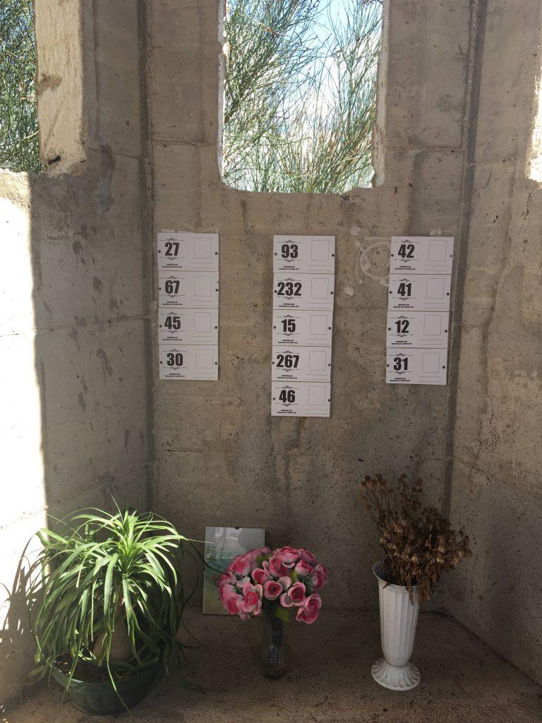Lampedusan edustalla hukkuneiden nimeämättömiä hautoja Agrigenton hautausmaalla Sisiliassa lokakuussa 2018.