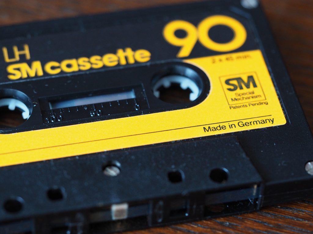 """Kasettisoittiminen kasetti, jossa lukee """"Made in Germany""""."""